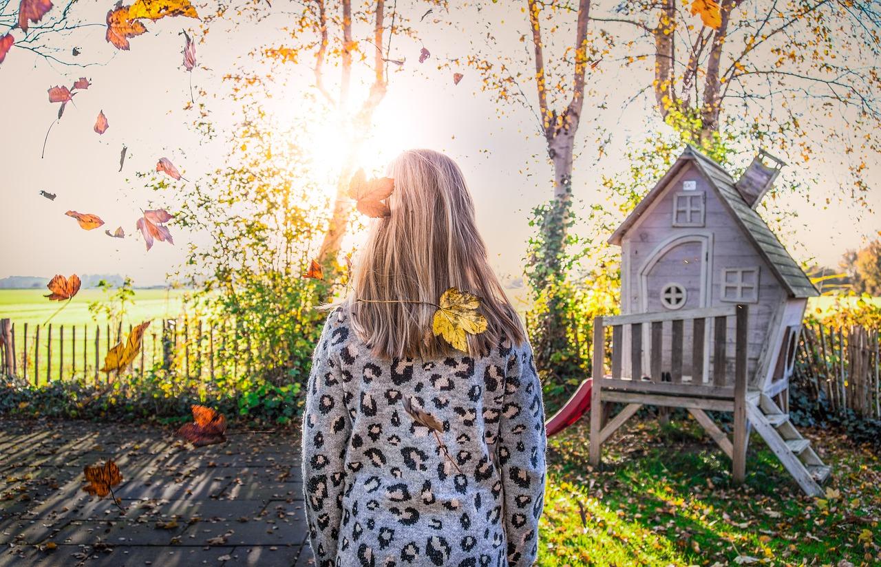 girl, garden, light